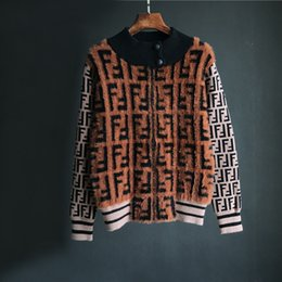 casaco curto da luva da pele do falso Desconto Design europeu das mulheres duplas F carta de impressão o-pescoço de malha de manga longa patchwork da pele do falso mohair lã casaco curto jaqueta SML