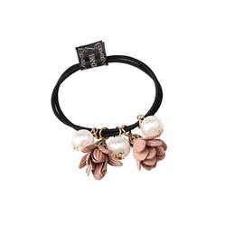 Wholesale Style d été fleur élégante perles simulées bandes de cheveux élastiques pour les filles corde accessoires de queue de cheval chouchou