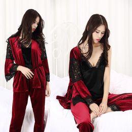 f602a29a2dd1 Winter-Herbst-Frauen-Pyjamas von 3 Stück Set Sexy Bademantel Pleuche Spitze  Nachtwäsche Damen Soft Homewear Hohe Qualität Frau Nachtwäsche frau winter  ...