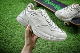 Wholesale Vintage Flats - (With box) Rhyton Vintage Shoes Triple S Men Trainer Sneaker Running Shoes Mens Shoes Sports Boots Men Sneakers Man Sport Boots