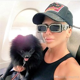 2019 perlenschatten 2018 frauen sonnenbrillen perle niet rechteck sonnenbrille markendesigner luxus schwarz viereck sonnenbrille für frauen weibliche schatten rabatt perlenschatten