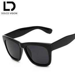 DOLCE VISION gafas de sol polarizadas hombres diseñador de la marca gafas  de sol de moda para hombres negro fresco espejo sombras Oculos cuadrado  masculino 99588c926eba