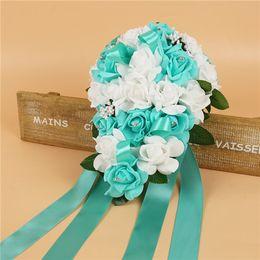 0b0cdacaeb Bellissimi mazzi da sposa bianchi e turchesi con fiori fatti a mano  Forniture da sposa Sposa con spilla Bouquet CPA1575