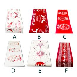 2019 toalhas de linho de natal 6 Estilo Natal Linho Toalha De Mesa De Natal Bandeira Casa Festa Decorativa Elk Tapeçaria Red Table Corredores Cobre toalhas de linho de natal barato