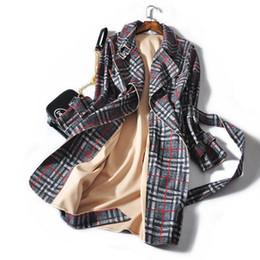 2019 rote plaid plus größenmäntel 2018 neue Luxus hohe Qualität Trenchcoat Frauen klassische Plaid britischen Stil Mitte lange Trench Slim Belted Mantel