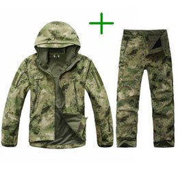 Vêtements de chasse en Ligne-TAD Tactical Men Army Army Chasse Randonnée Pêche Explorez Vêtements Costume Camouflage Shark Peau Militaire Imperméable À Capuche Veste + Pantalon