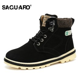 5110268b51 Botas dos homens SAGUARO Moda Inverno Quente Sapatos Botas de Tornozelo  Homens Casuais Marca Lace Up Botas de Neve Manter Botas de Trabalho Quente  Botas