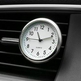Ornamento interno dell'automobile online-Car Ornament Automobiles Interior Decoration Orologio Auto Watch Ventilatori automobilistici Clip Deodorante orologio in accessori per auto Regali