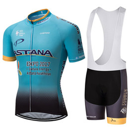 Equipo de ciclismo del equipo astana online-2017 ASTANA Pro Team Summer Pro Sporting Racing UCI World Tour Ciclismo Jersey 9D Pad Shorts de bicicleta Conjunto Ropa Ciclismo Ropa de bicicleta