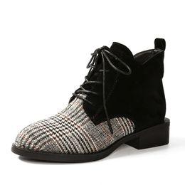 2019 женские туфли на каблуках Классический сетки Мартин сапоги женская обувь осень зима Britle стиль короткие плюшевые ботильоны дамы блок каблуки ulzzang botas mujer скидка женские туфли на каблуках