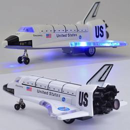 ornamenti piani Sconti LeadingStar 8 pollici in lega di controllo della forza Space Shuttle modello con suono leggero giocattolo aereo regalo Ornamento ZK30