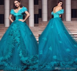 2019 palline aqua 2018 Beautiful Hand Made Butterfly Aqua Quinceanera Abiti 2018 Ball Gown Off spalle Backless Long Vestidos Prom Abiti da sera sconti palline aqua