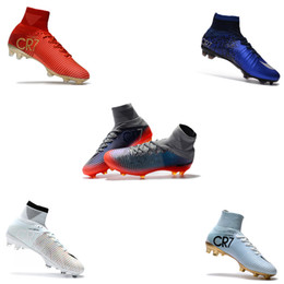 Золотые футбольные бутсы онлайн-2018 Криштиану Роналду Mercurial Superfly V Classic FG CR7 Футбольные бутсы Золотые футбольные бутсы Mens Training Sneakers Soccer Cleats