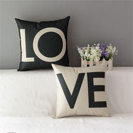 Wholesale 43 cm Voiture Coussin Cas Coton Linge Doux Amoureux Romantique Amour Lettre Coussin Couverture Décoratif pour Canapé
