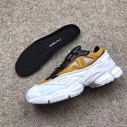 Wholesale X Men Logo - Originals x RAF Simons Consortium Ozweego 3 OZ III Running Shoes Sneakers With R Logo for Men Women 2018 White Khaki BZrown Sports Shoes