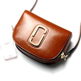 Argentina Señoras vendedoras calientes bolsas de mensajero bolsos de cuero genuino de las mujeres famosas marcas bolsos crossbody marrón azul de alta calidad bolsos cheap brown leather messenger bags for women Suministro