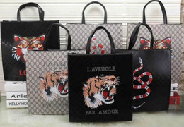 Wholesale Cards Pattern - SALE 2018 HOT Casual Tote Fashion avant-garde import leather color snake pattern large capacity briefcase handmade tide card universal bag