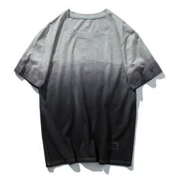 Ropa de calle americana online-Nueva camiseta de verano de los hombres de Europa y América gradiente de manga corta marea de cuello redondo marca High Street par estudiantes ropa de los hombres