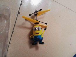 2019 helicóptero solo Drone helicóptero niños juguetes Flying Ball Aircraft Light Up Toy inducción Sensor eléctrico para niños