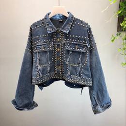 Chaquetas hechas a mano de las mujeres online-Alta calidad de mezclilla corta Jeans capa de la chaqueta mujeres otoño nueva moda remache hecho a mano con cuentas Jeans abrigos niñas señora chaquetas básicas