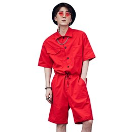 2019 pedaços de cabelo para homens Harajuku hiphop macacão solto masculino ferramental folgado calças curtas homens streetwear um pedaço macacão hair stylist jumpsuit a53013 pedaços de cabelo para homens barato