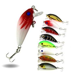 modelos grossistas de lulas Desconto HENGJIA Laser Pesca Isca Minnow 20 Pçs / lote 5 CM 3.6G 10 # ganchos isca de pesca para a truta Clássica Minnow japão Gancho Treble