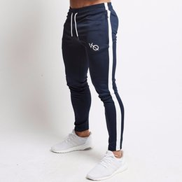 2019 pantaloni di yoga pieno di lunghezza del mens Pantaloni sportivi da uomo Pantaloni sportivi Fitness Uomo Abbigliamento sportivo Pantaloni da ginnastica Pantaloni sportivi pantaloni neri Pantaloni da ginnastica Pantaloni da corsa