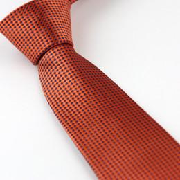 grossistes cravates pour hommes bowties Promotion Le costume des hommes cravates nouveau design profond orange avec des taches bleues vérifie cravate maigre cravate 7 cm chemises habillées de mariage Cravate Gravatas