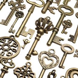 Wholesale 130 unids Bronce Antiguo Latón Vtg Adornado Esqueleto Llaves Lote Colgante Fancy Heart Pendants Key Regalo
