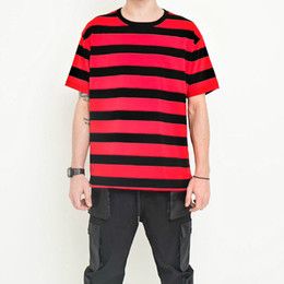 Camisas vermelhas de listra branca on-line-Novo Design TOP KANYE WEST OVERSIZE Black Red White Yellow Stripes Homens de manga curta camiseta Hip Hop Moda Casual Cotton Tee M-XL