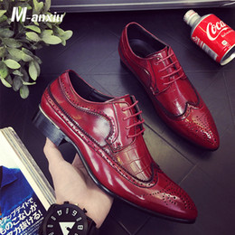 zapatos clásicos de los hombres italianos Rebajas M-anxiu Hombres Casual Flat Classic Men Dress Cuero genuino Wingtip Tallado Italian Formal Oxford Plus Size 38-48 Lace Up Shoes
