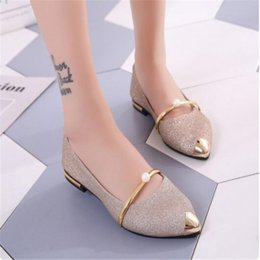 female lazy shoes Coupons - 2018 new pointed single shoes female shallow mouth wild sets pearls comfortable lazy shoes professional work shoes