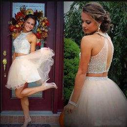 5475e87aeb1 Two Pieces Halter Crystal Homecoming Dress 2018 Beaded Top Tulle Short  Party Graduation Prom Dress Vestido de cocktail