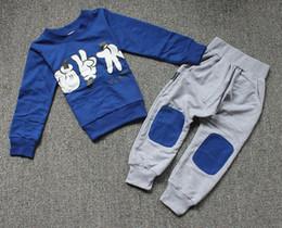 оптовая спортивная одежда для детей Скидка Оптовая детей наряды детей костюм спортивной печати случайных детей установить ребенка девочек мальчиков моды одежды набор