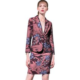 Vêtements sur mesure en Ligne-Ankara impression jupes + blazers slim fit femmes Costume africain retro modèle dames dashiki convient à des vêtements de travail formels sur mesure