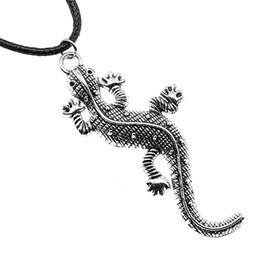 Collares de gecko online-WYSIWYG 5 Unidades Cadena de cuero Collares Colgantes Gargantilla Collar Masculino Collar Moda Gecko Lagarto 71x30mm N6-B13730