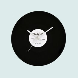 Wholesale Wall Vinyl Designs - 12inch Vinyl Record Wall Clocks For Bedroom Vintage Retros Design CD Shape Black Clock Luxury Design Hang Decoration 16 5ym BZ