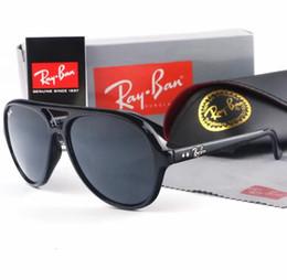 Mejor marca pc online-Gafas de sol de moda Clásico Color de degradado Hombres Mujeres Diseño de la marca Gafas de sol Mejor Espejo Gafas de sol Lentes Cool con caja