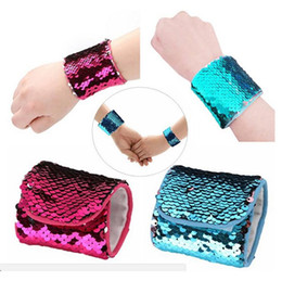 2018New Arrivée Bling Sirène Sequin Bracelet Multi-couleur Métal Écailles Large Bracelet Bijoux Pour Femme Filles Cadeau ? partir de fabricateur
