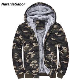NaranjaSabor 2018 otoño invierno chaqueta de los hombres con capucha abrigo de camuflaje sudaderas con capucha verde del ejército ropa para hombre sudaderas masculinas 4XL desde fabricantes