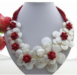 2020 collane di fiori di corallo Charming! Shell FlowerCoralCrystal Necklace Splendida! Collana PearlShellCoralCrystal collane di fiori di corallo economici