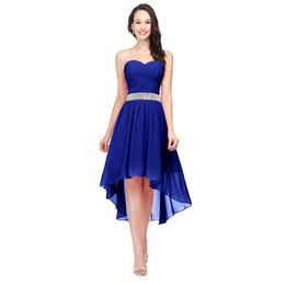 2020 vestito da cocktail basso basso blu Royal Blue Abiti da damigella d'onore High Low Sweetheart in rilievo Sash Lace up Back economici Chiffon Modest Wedding Party abiti SD400 vestito da cocktail basso basso blu economici