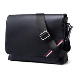 cm schulen Rabatt 2018 neue berühmte Marke Klassische designer mode Männer leder messenger bags umhängetasche schule bookbag umhängetasche aktentasche 25 CM