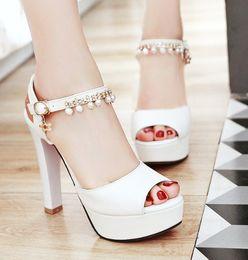 2020 saltos altos de baile branco Sapatos de noiva branco da noiva à prova d 'água taiwan sapatos de peixe boca de salto alto sexy prom noite sapatos de festa shuoshuo6588 desconto saltos altos de baile branco
