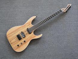 Chitarra elettrica quilt in acero naturale a 6 corde, corpo in legno di frassino, tastiera in ebano Chitarra elettrica personalizzata Black Machine B6 da mouse elettrico fornitori