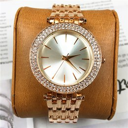 Wholesale Famous Beautiful - 2018 Brand New Lady Quartz Luxury Diamonds Women Watches Fashion Dial Face Gift For Girls Famous Designer Luxury Top Quality Beautiful Clock