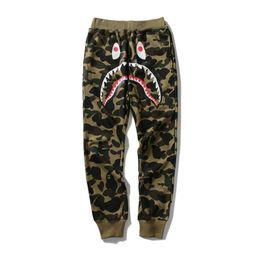 Pantaloni sportivi da uomo di moda Camo Shark Skateboards Pantaloni sportivi Hip Hop Kanye West Yeezus Pantaloni sportivi di alta qualità Pantaloni casual da