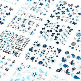 24 Adet / grup Bronzlaşmaya Damgalama Çivi Çıkartmalar Dekorasyon Çiçek Kelebek Tasarım DIY Charm 3D Manikür Nail Art Çıkartmaları JH129-Silver nereden
