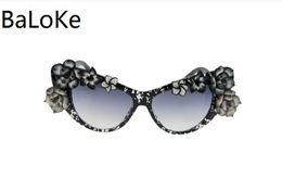 Wholesale Baroque Round Sunglasses - Women Summer Flower Retro Sunglasses Cat Eye Glasses For Ladies Brand Designer Oversize sungasses Baroque Sunglasses