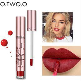 Mejor lápiz labial impermeable online-O.TWO.O 12 colores La mejor venta Cosméticos calientes Maquillaje Brillo labial Larga duración Impermeable Lápiz labial mate fácil de usar